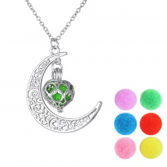 Fashion Aromatherapy Locket Oil Diffuser Necklace Pendant Chain Jewelry Moon Heart