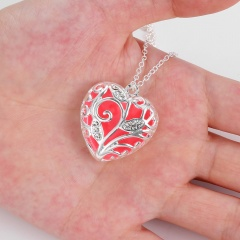 Fashion Magical Fairy Glow in the Dark Pendant Locket Heart Necklace Luminous Orange Glowing