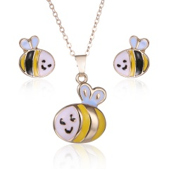 Fashion Gold Plated Big Red Lips Necklace And Earrings Set Bee