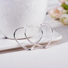 Glossy Love Ear Buckle Fashion Women Earrings white