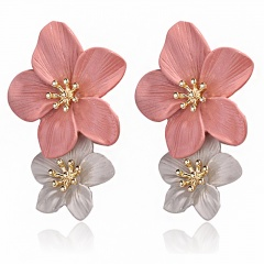 1 Pair Spray Paint Oil Double-Layer Flower Petals Earrings Pink