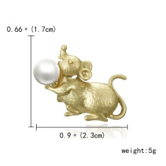 Trendy 12 Zodiac Dragon Pig Dog Brooch Pins Gold Simulated Pearl Brooch Chinese Zodiac Animal Fashion Garment Jewelry Accessory Mouse