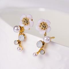 Elegant Flower Imitation pearl Stud Earrings for Women Girl Jewelry Gift Gold