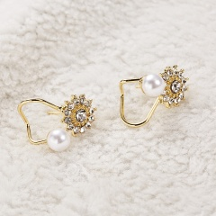 Cute Imitation Pearl Earrings Flower Ear Clip Fashion Jewelry Gift Party Gold