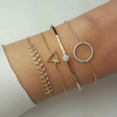 4 Pcs/ Set Crystal Claw Chain Bracelet Bohemian Simple Bead Multilayer Gold Bracelet Set for Women Girl Jewelry Gift 4pcs leaf triangle