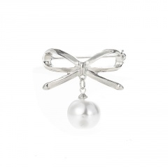 Rinhoo Women Girls Corsage Crystal Bow Brooch Pearl Breast Pins Dress Bag Scarf Wedding Party Clothes Badge Silver
