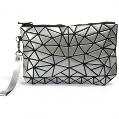 Geometrically Folded Cosmetic Bag Ladies Hand Bag Coin Purse Credit Card Pouch Cosmetics Storage Bags Women Wallets Gray