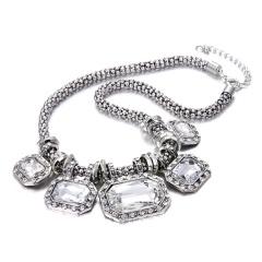 Retro Women Crystal Pendant Necklace Bib Statement Choker Wedding Party Gift Vintage
