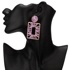 Winding hand-woven raffia geometric stud earrings Purple