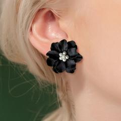 Fashion Exaggerated Black Camellia Pearl Earrings black
