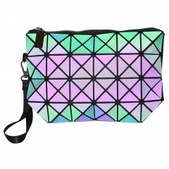 Geometric Ringer Makeup Bag Luminous Hand Bag The triangle model