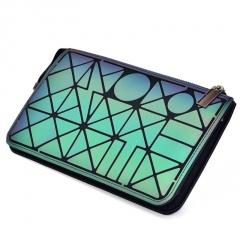 Geometric Diamond Luminous Three-layer Wallet Chain Bag Single-Shoulder Bag Cross-Body Bag 23.5*14.5cm The geometric model