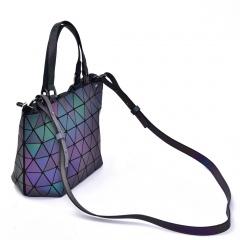 Geometric Ringer Handbag Bucket Pack 33*19*12.5cm The diamond model