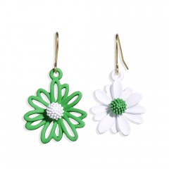 Metal Colorful Daisy Asymmetric Dangle Golden Earring Green+White