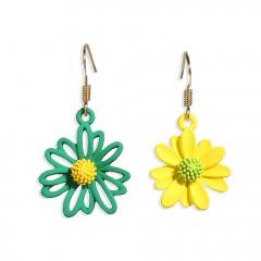 Asymmetric Daisy flower earrings Green and yellow