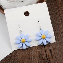 Resinous Daisy flower earrings blue