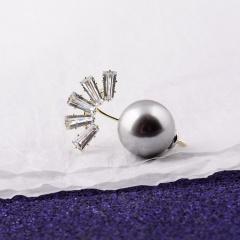 New Fashion Peacock Anti-slip Small Pin Pearl Collar Pin Brooch Female Charm Jewelry Gift Peacock 2