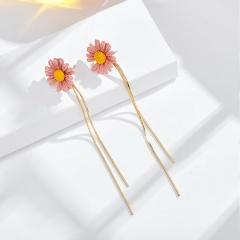 Long Tassel Small Daisy Stud Earrings Pink