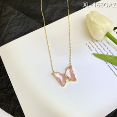 Transparent crystal butterfly necklace Pink