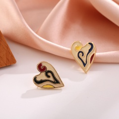 Drop oil painted geometric contrast earrings 3