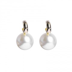 Korean Style Gold Pearl Crystal Stud Earrings Jewelry Pearl