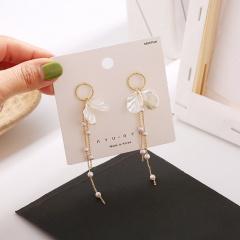 Pearl Seashell Petal Long Tassel Stud Earrings Pearl