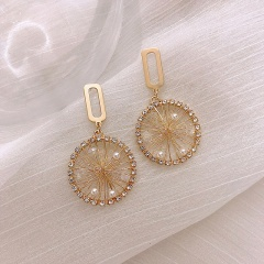 Hand-woven dream net pearl stud earrings Golden