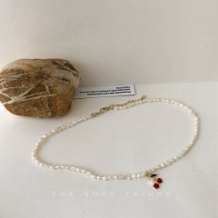 Cherry Natural Pearl Clavicle Choker Necklace Natural pearl