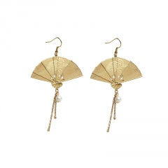 Gold Fan Shape Tassel Pearl Dangle Earring for Women Fan