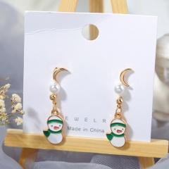 3 Pairs/Card Christmas Series Pearl Stud Earrings Jewelry Wholesale Snowman-Green