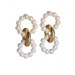 Pearl Beads with Gold Circle Stud Earring Jewelry Wholesale White