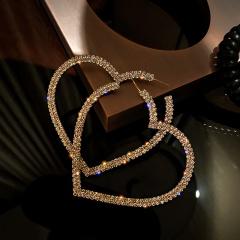 Golden Love Hollow Full Rhinestone Stud Earrings gold
