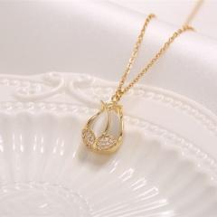 Opal Tulip Pendant Titanium Steel Clavicle Necklace (chain length 45cm) gold