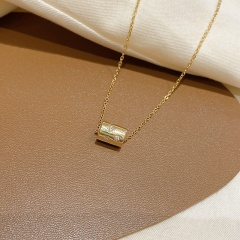 Cylindrical Pendant Titanium Steel Necklace (chain length 45cm) gold