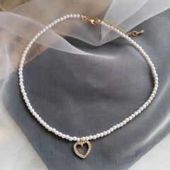 Hollow love rhinestone imitation pearl necklace (Chain length: 41+7cm) gold