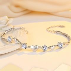 Three love hearts inlaid cubic zirconia copper chain bracelet (Circumference: 17+4cm) platinum